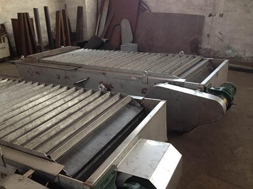 不锈钢阶梯网板格栅